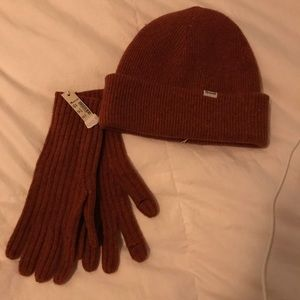 Maxwell, NWT, Hat and gloves